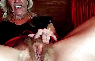 A MILF loira merece um sexo anal duro. video de sexo gratis na internet