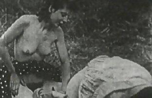 Boxer Tailandês bate a sua carne Asiática sem ver pelicula pirno cortes