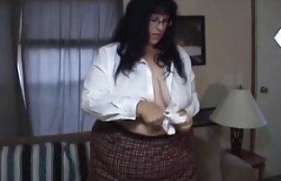 Tiny4k-tiny bikini Sabrina Rey videospornoonlinegratis Lambe Bolas e chupa uma pila enorme