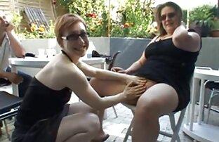 A lavanda videos de porno online gratis fode a brasa negra da Kelly com um dildo.