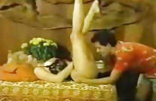 Alguma site sexo ao vivo gratis diversão no balneário com o busty