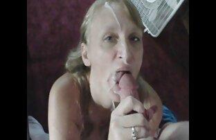 A sexso onlaine LATINCHILI Rosaly masturba-se com o seu lat gordo.